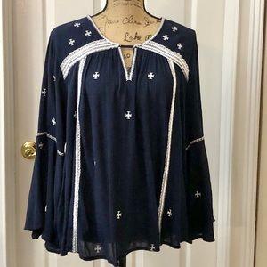 Crown & Ivy boho bell sleeve blouse